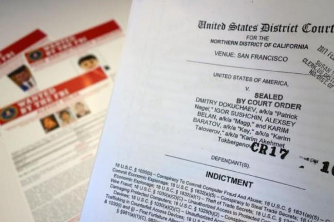 L'acte d'accusation de la District Court des Etats-Unis concernant les 4 suspects du hack de Yahoo. (crédit : Martyn Williams)