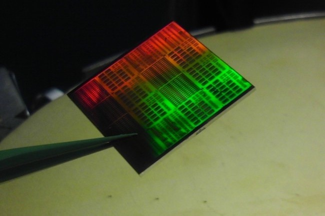 Un microprocesseur fabriqué avec des matériaux flexibles