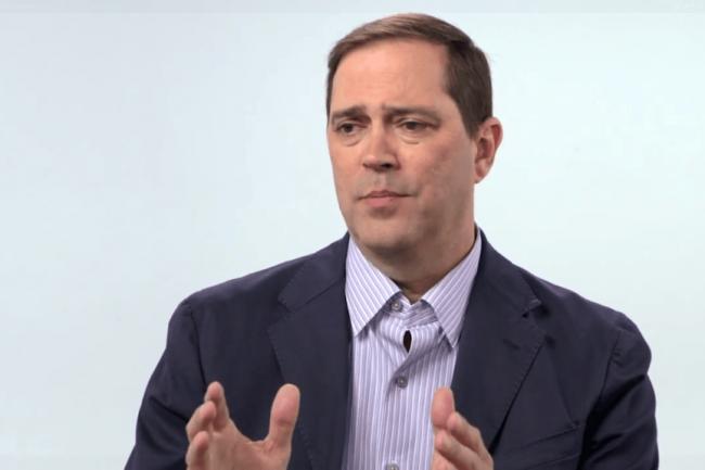 Le CEO de Cisco, Chuck Robbins, prévoit 1100 licenciements de plus en prévision d'un mauvais Q4.