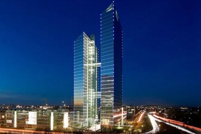 IBM installe le siège social mondial de sa nouvelle unité Watson IoT en Allemagne, dans les Highlight Towers de la rue Mies-van-der-Rohe à Munich. (crédit : designoffices.de)