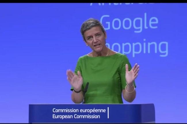 La commissaire à la concurrence de l'Union européenne, Margrethe Vestager, a infligé une amende de 2,42 milliards d'euro à Google le 27 juin 2017 pour abus de sa position dominante sur le marché de la recherche. (Crédit C.E.)