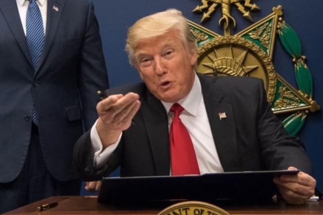 Donald Trump a décalé la mise en vigueur de l'International Entrepreneur Rule à l'année prochaine. (Crédit : Jette Carr/DOD)