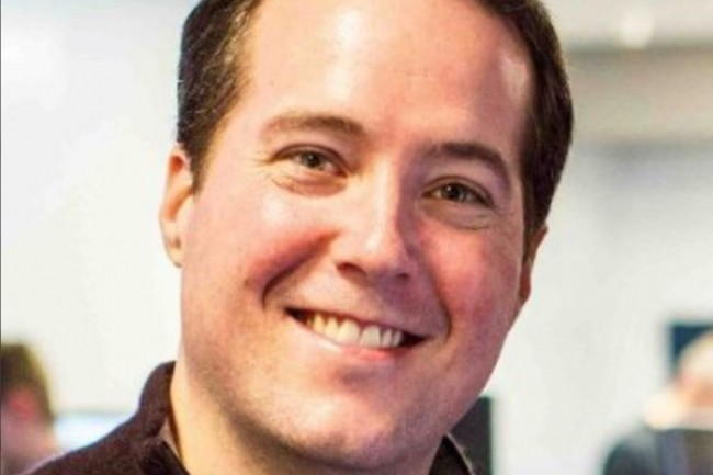 Avant de créer Ozlo en 2013, Charles Jolley a été responsable de la plateforme mobile de Facebook entre 2011 et 2013. Il a aussi fondé Strobe en 2010.