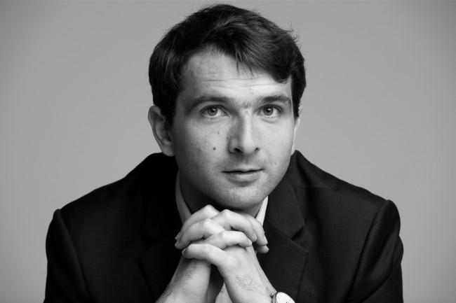 Armand Thiberge, fondateur de SendinBlue, veut démultiplier l'efficacité des campagnes marketing des PME en ajoutant des canaux de communication à son logiciel SaaS. (crédit : D.R.)