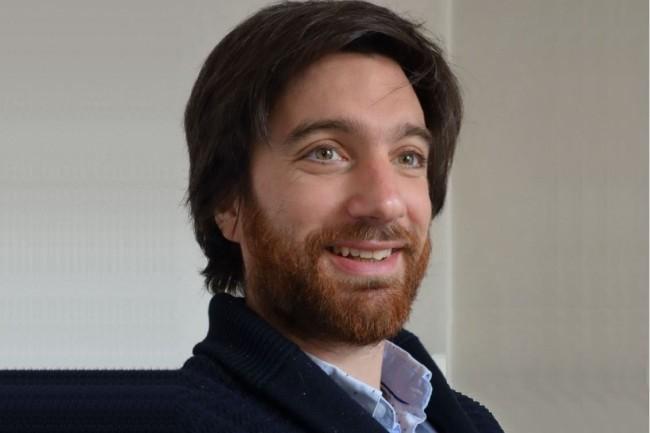Le moteur de recherche Elasticsearch utilise un algorithme de pertinence et récupère les formes déclinées d'un mot, met en avant Julien Longhi, directeur de recherche en linguistique à l'Université de Cergy-Pontoise. (Crédit : D.R.)
