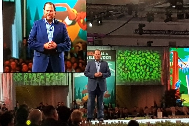 Toujours aussi à l'aise sur scène, le CEO de Salesforce Marc Benioff a annoncé un partenariat stratégique avec Google Cloud Platform lors de sa keynote à Dreamforce 2017. (Crédit S.L.)