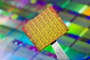 Intel dévoile une super puce 48 coeurs qui soulève de nombreuses interrogations