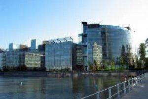 Nokia dégraisse et cède Symbian à Accenture