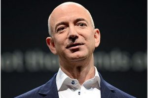 Jeff Bezos, PDG d'Amazon, rach�te le Washington Post pour 250 M$
