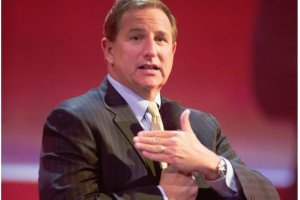 Oracle vise la 1�re place dans le cloud
