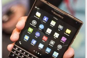 Blackberry tente de contrecarrer l'iPhone 6 avec son smartphone Passport
