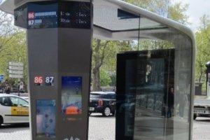 Paris veut inventer des apps pour ses abris voyageurs