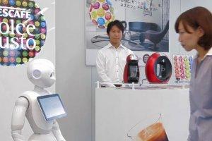Nestl� Japon remplace des vendeurs par 1 000 robots