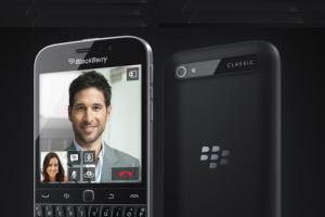 Avec le Classic, Blackberry revient au bon vieux clavier