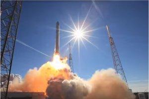 D�senclaver l'acc�s Internet : Google pourrait investir 1 Md$ dans SpaceX