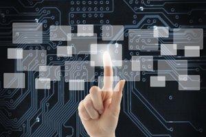 Dossier : Comment cloud hybride et syst�mes converg�s modernisent le SI
