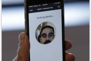Mastercard teste le paiement mobile par seflie