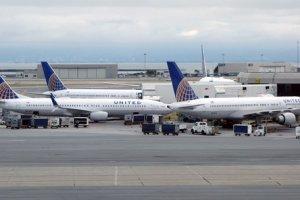 Les malheurs d'United Airlines t�moignent des difficult�s de l'administration des r�seaux