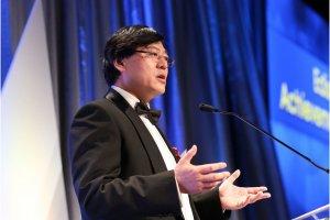 Lenovo supprime 3 200 postes et restructure sa branche mobile