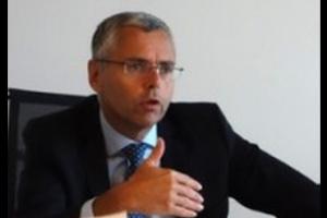 Apr�s son d�part d'Alcatel, Michel Combes devrait toucher 13,7M€ en actions