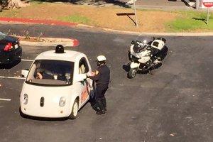 La Police arr�te une Google Car ne roulant pas assez vite