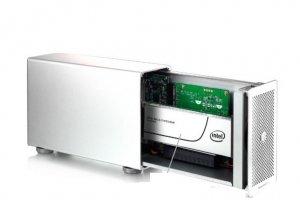 Akitio combine NVMe et Thunderbolt 3 sur un SSD externe flamboyant