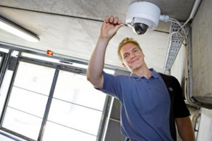 Le danois ISS analyse des millions de capteurs connect�s avec Watson