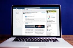 LinkedIn ajoute Gmail et l'int�gration de CRM � Sales Navigator