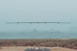 1er vol réussi pour Aquila, le drone Internet de Facebook