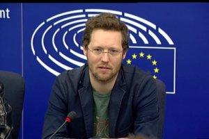 Whatsapp et Skype vis�s par la Commission europ�enne
