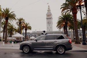 La Californie impose un permis aux voitures autonomes d'Uber à SF