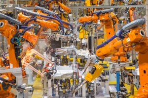 Apple mise sur les robots pour rapatrier la production d'iPhone aux US