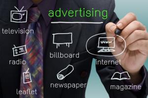 IT News Info recherche un assistant chef de publicité