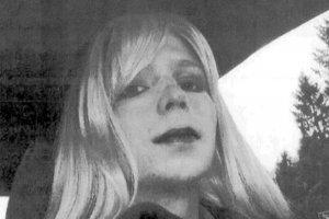 Fuites WikiLeaks : Barack Obama réduit la peine de Chelsea Manning