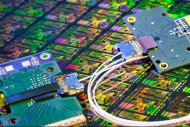 Transfert de donn�es : Intel livre ses modules photoniques