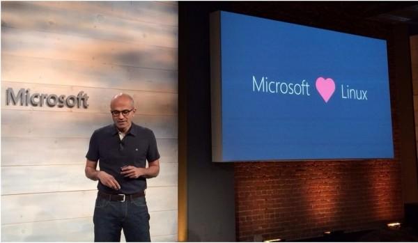Le CEO de Microsoft, Satya Nadella, a pr�sent� un�� Software Defined Data Center in a box �, version packag�e d'Azure dans une offre soutenue par Dell.