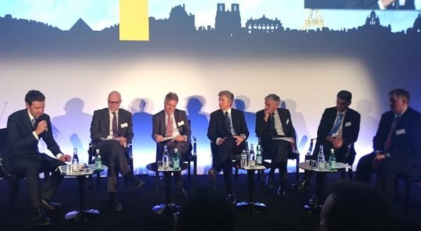 Bill Mc Dermott, CEO de SA, est pass� � Paris pour rencontrer Fran�ois Hollande et inaugurer le si�ge de la filiale France � Levallois.