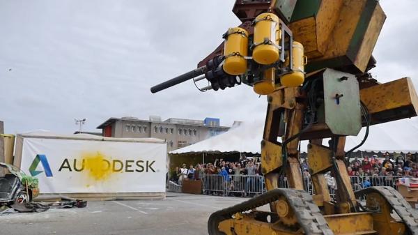 Suidobashi Heavy Industry accepte de combattre MegaBots dans une bataille de robots g�ants.