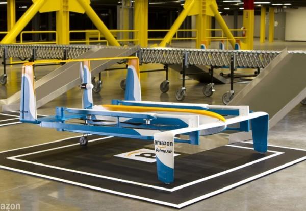 Amazon a pr�sent� son dernier prototype de drone pour livrer des colis.