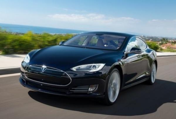 Tesla est impliqu� dans un accident mortel d'un v�hicule dont la conduite autonome a �t� activ�e.