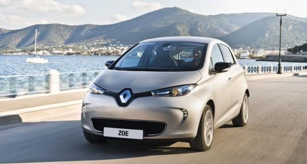 Pour acc�l�rer le d�veloppement de ses voitures connect�es, Renault-Nissan annonce un accord avec Microsoft pour exploiter les capacit�s de traitement d'Azure.