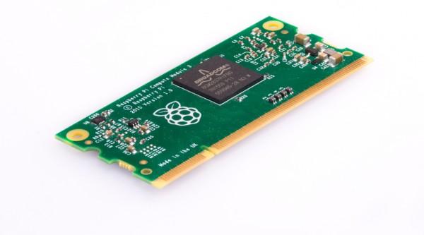 Le Raspberry Pi est désormais disponible dans une cuvée Compute Module 3 taillée pour faire tourner des applications industrielles.