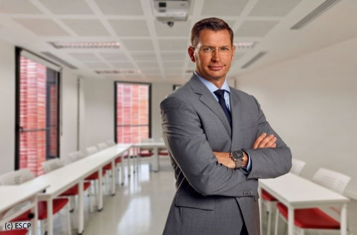 Anthony Hié (ESCP Europe): «Le campus du futur n'est pas 100% numérique mais phygital»