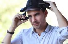Dans ses usines, le Groupe PSA équipe les techniciens de casques à commande vocale