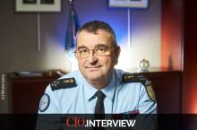 Général Bruno Poirier-Coutansais, ST(SI)² : « la mobilité est essentielle pour renforcer la proximité avec la population. »