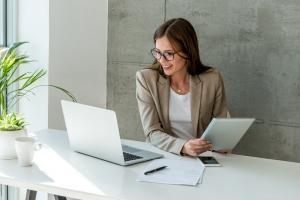 Une architecture flexible et simplifiée pour gérer des clients multiples