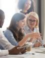 Moderniser les centres d'appels : trois stratégies pour renforcer votre relation client