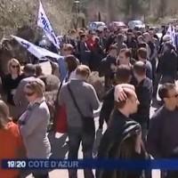 Les salariés d'Astek Sud-Est lors de la grève du 21 mars 2013 (Image issue du reportage de France 3)