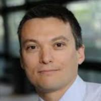 Vincent Poulbère, directeur marketing de SFR Business Team, lance ses offres pour TPE
