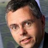 Michel Combes, le PDG d'Alcatel-Lucent, se préparerait à se séparer de la branche Entreprises